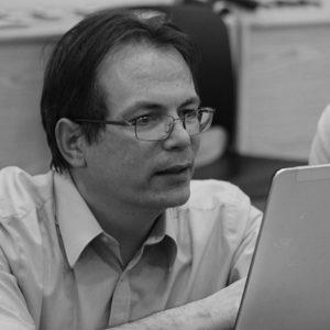 Dr. Evan Eichler (2015 – 2016)